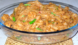 char kway teow , a malaysian flat noodles recipe