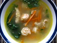 chicken and prawn clear soup